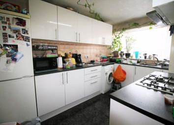 2 bed maisonette to rent in Highfield Link, Collier Row, Romford RM5