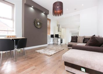 Thumbnail 3 bedroom flat to rent in Stratford Road, Heaton