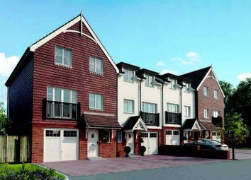 Thumbnail 5 bed town house for sale in Culverhouse Way, Chesham