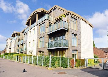 Thumbnail 2 bedroom flat for sale in Lower Queens Road, Buckhurst Hill, Essex