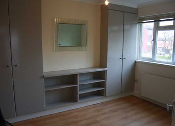 Thumbnail 3 bed flat to rent in Bullsmoor Lane, Enfield