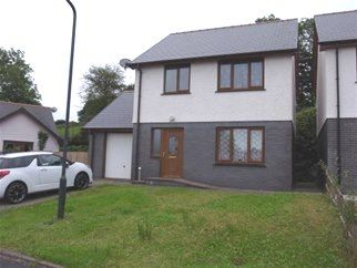 Thumbnail 3 bedroom detached house to rent in Clos Tawlefa, Lampeter