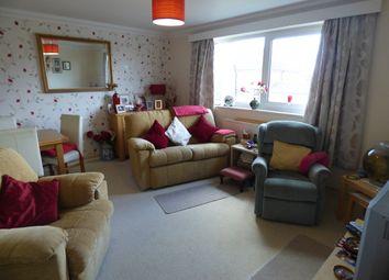Thumbnail 2 bed flat to rent in Church Road, Warsash, Southampton
