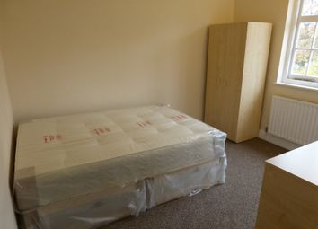Thumbnail Property to rent in Oakfields Road, Golers Green, London