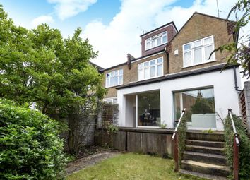 Thumbnail 2 bed flat to rent in Church Crescent, Finchley N3,
