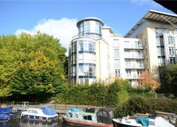 Thumbnail 2 bedroom flat for sale in The Meridian, Kenavon Drive, Reading