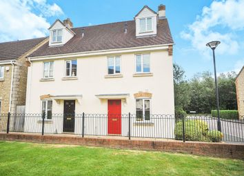 Thumbnail 3 bed town house for sale in Mayfly Road, Swindon