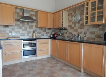 Thumbnail 2 bedroom flat to rent in Alcantara Crescent, Ocean Village, Southampton