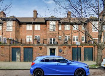 3 bed flat for sale in Davidson Gardens, London SW8