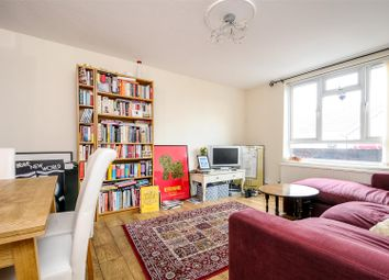 Thumbnail 3 bed flat to rent in Falcon Road, Battersea, London