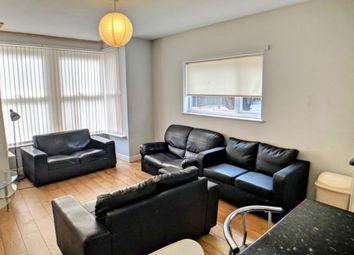 Thumbnail 4 bed flat to rent in Kirkstall Lane, Headingley, Leeds