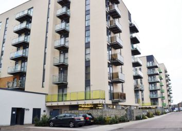 2 bed flat to rent in Academy Way, Dagenham RM8