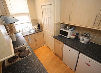 Thumbnail Terraced house to rent in Beamsley Place, Hyde Park, Leeds