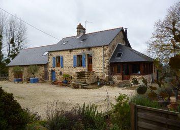 Thumbnail 3 bed farmhouse for sale in Lassay-Les-Chateaux, Mayenne, 53110, France