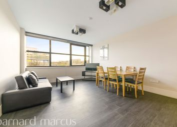 2 bed flat to rent in West Gate, London W5