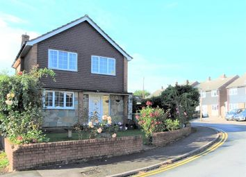 Thumbnail 3 bed detached house for sale in Prospect Road, Cheshunt, Waltham Cross, Hertfordshire