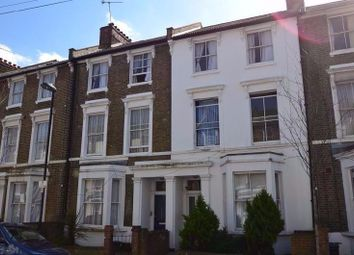 Thumbnail 5 bed flat to rent in Landseer Road, London