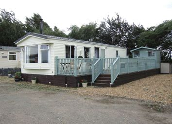 Thumbnail 2 bed mobile/park home for sale in Staffurths Bridge, March