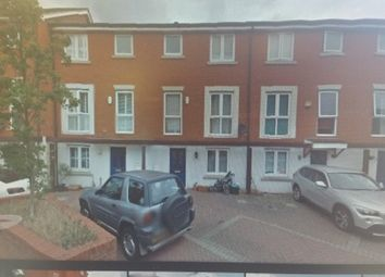 Thumbnail 4 bed property to rent in Norwich Crescent, Chadwell Heath, Romford