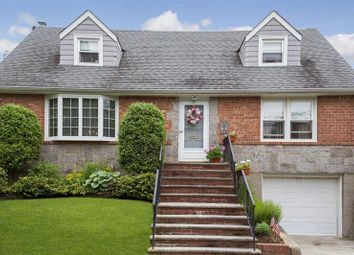 Thumbnail 4 bed property for sale in Floral Park, Long Island, 11001, United States Of America