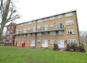 3 bed maisonette to rent in West Close, Edmonton N9