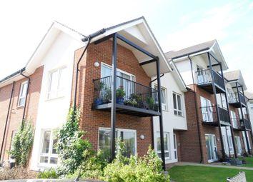 Thumbnail 2 bed flat to rent in Merydene Court, Binfield