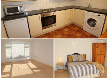 Thumbnail 1 bed flat to rent in Saracen Way, Penryn