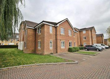 2 bed flat to rent in Alconbury Close, Borehamwood WD6
