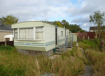 Thumbnail 2 bed mobile/park home for sale in Meadow Close, Yatton Keynell, Chippenham