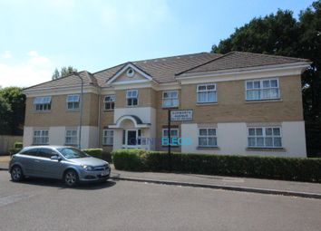 Thumbnail 2 bedroom flat to rent in Hurworth Avenue, Slough