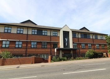 Thumbnail 2 bed flat to rent in 71 Great North Road, Hatfield