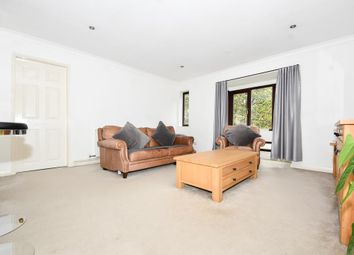 Thumbnail 2 bed flat to rent in Spring Pool, Warwick