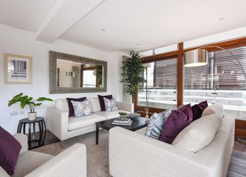 Thumbnail 3 bed flat for sale in Frobisher Crescent, Barbican