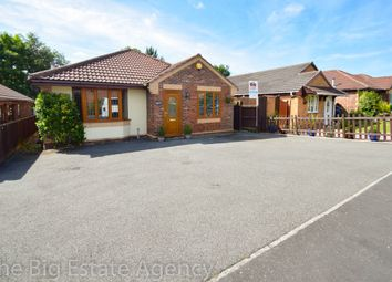 Thumbnail 4 bedroom detached bungalow to rent in Hillsdown Drive, Connah's Quay, Deeside