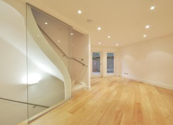 Thumbnail 3 bedroom mews house to rent in Eden Close, London