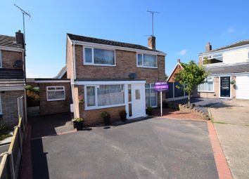 Thumbnail 5 bed detached house for sale in Hampton Close, Little Neston