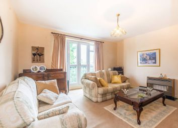 Thumbnail 3 bed flat for sale in Bethune Road, Stoke Newington