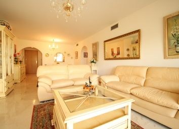 Thumbnail 2 bed apartment for sale in Spain, Andalucia, San Pedro De Alcántara, Ww976