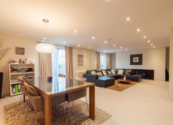 Thumbnail 2 bed flat for sale in Calverley Street, Leeds