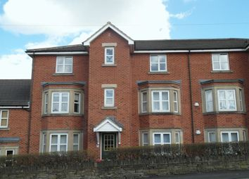 Thumbnail 2 bed flat to rent in Street Lane, Gildersome, Leeds