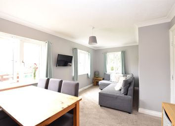 Edward Court Dapps Hill, Keynsham, Bristol BS31. 2 bed flat for sale