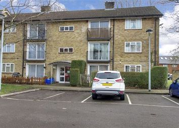 2 bed flat to rent in Five Acres, Crawley RH10