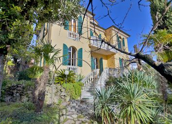 Thumbnail 4 bed villa for sale in La Spezia, La Spezia (Town), La Spezia, Liguria, Italy