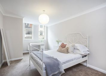 2 bed flat to rent in Wells Mews, London W1T