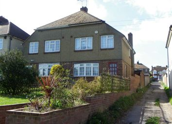 Rochester Road, Gravesend DA12. 3 bed detached house