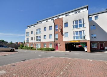 Thumbnail 2 bed flat to rent in Royal Court, Queen Marys Avenue, Watford, Hertfordshire