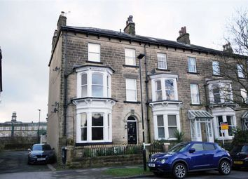 2 bed flat to rent in West End Avenue, Harrogate, North Yorkshire HG2