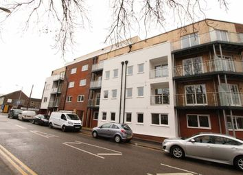 Thumbnail 1 bed flat to rent in Dudley Street, Luton