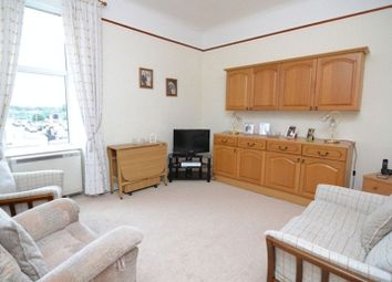 Thumbnail 2 bed flat for sale in Bridgend, Kilbirnie