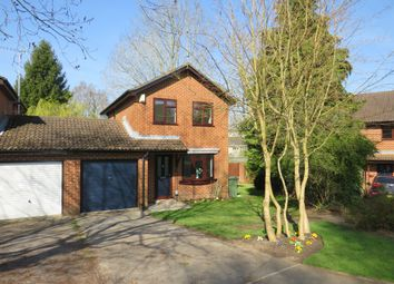 3 bed link-detached house for sale in Seward Rise, Romsey SO51
